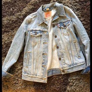 Levi's like new denim jacket